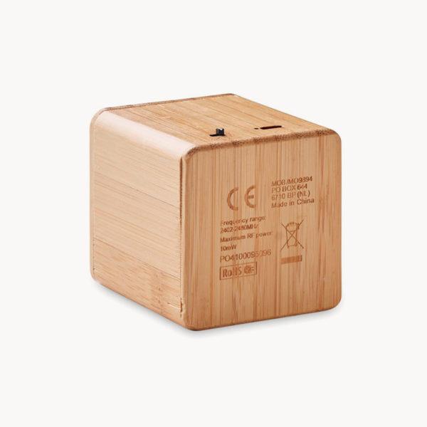 altavoz-bluetooth-cubico-carcasa-bambu-back