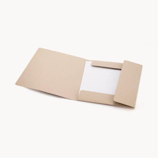 carpeta-carton-reciclado-abierta