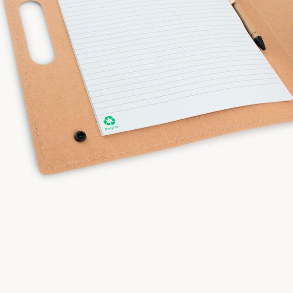 carpeta-carton-reciclado-libreta-asa-transporte-detalle-hojas