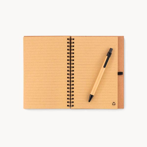 cuaderno-corcho-boligrafo-almidon-maiz-detalle
