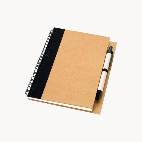 cuaderno-papel-reciclado-boligrafo-negro-1