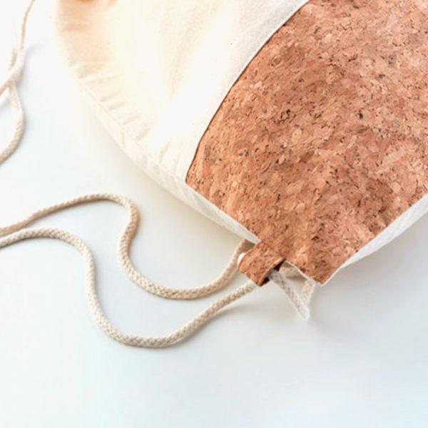 mochila-cuerdas-algodon-corcho-detalle