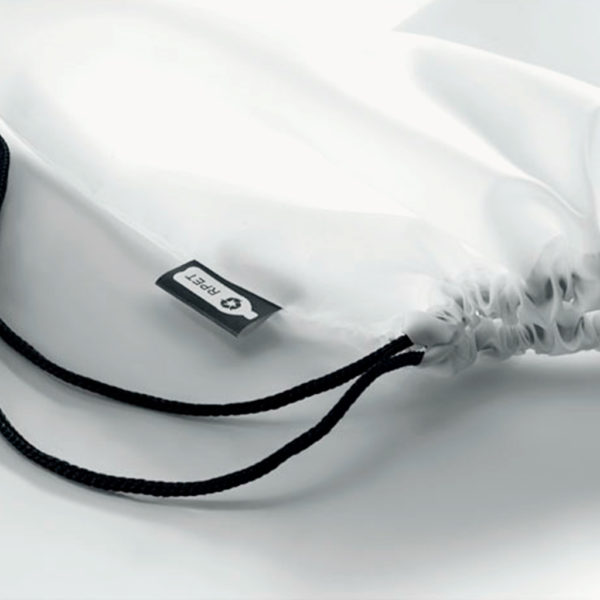 mochila-cuerdas-plastico-reciclado-blanco-detalle